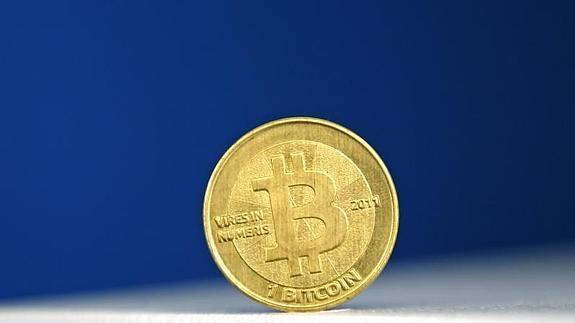 bitcoin--575x323