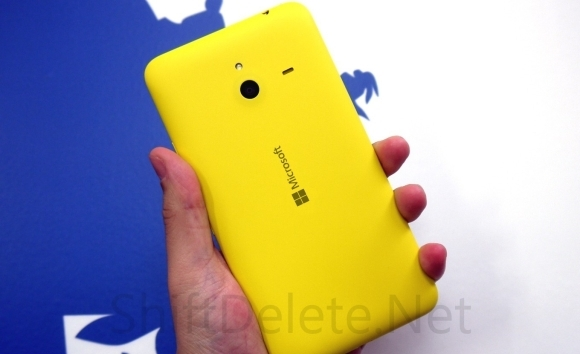 lumia_1320_yellow